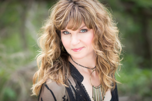 """Exclusive: Shelly Waters – """"Time For A Change"""""""