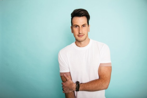 "Album Review: Russell Dickerson – ""Yours"""
