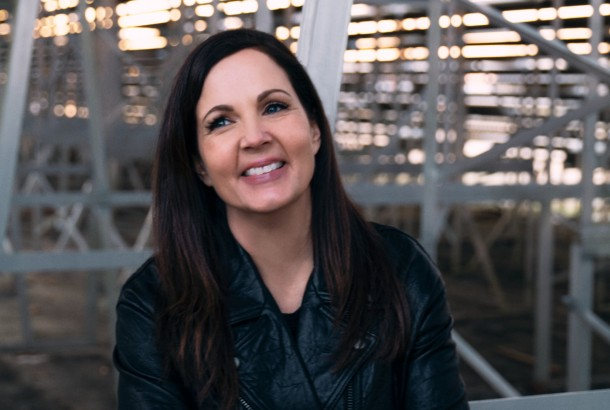 "Lori McKenna - ""The Balladeer"" Tracklist and Cover Art"