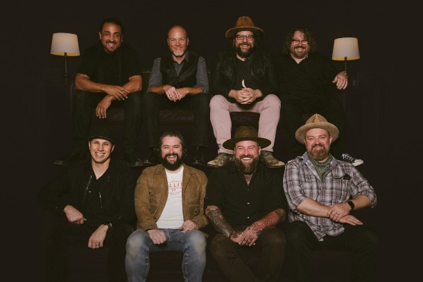 """Zac Brown Band Signs To Warner Music Nashville, Announces New Single """"Same Boat"""""""